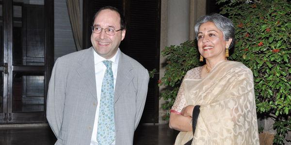 Ing. Matteo Volpe und Architekt Brinda Somaya waehrend des Brand Events bei der Italienischen Botschaft in New Delhi, India